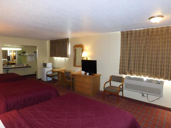 Williamsburg, IA: Triple BED ROOM