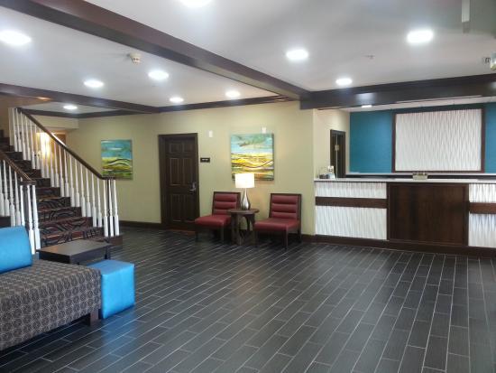 BEST WESTERN Sugar Sands Inn & Suites: EXCELLENT CHECK INN DESK WITH EXCELLENT CUSTOMER SERVICE
