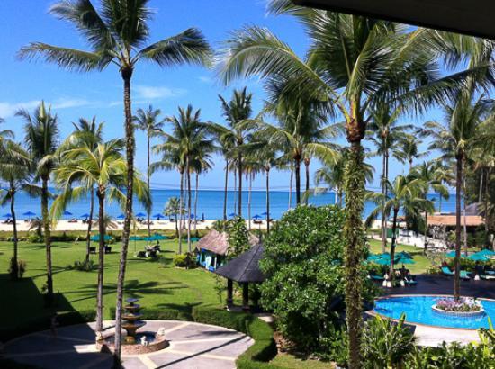 Khaolak Orchid Beach Resort: Vistas desde la habitación