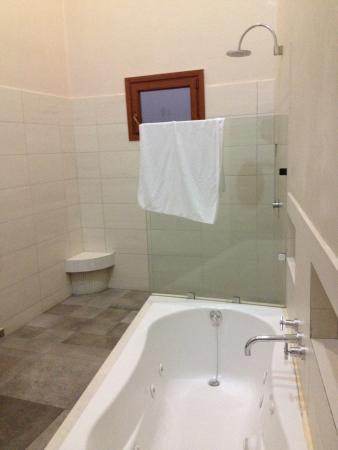 Casa Lucila Boutique Hotel: Baño