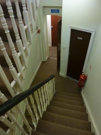 Aquarius Hotel: stairs down