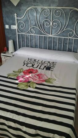 Pension Cibeles: Stanza matrimoniale n 10 con balcone!!