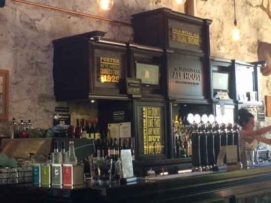 Timaru, Nova Zelândia: Bar Area