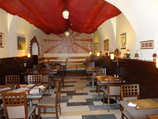 Hradec Kralove, جمهورية التشيك: The Royal Maharaja - indická restaurace v Hradci Králové
