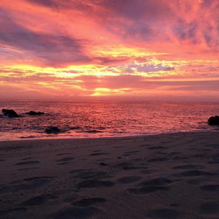 Villa del Faro: photographers dream sunrise