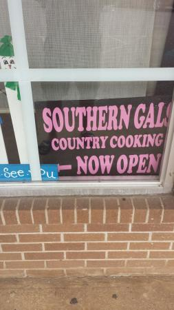 ‪Southern Gals Family Restaurant‬