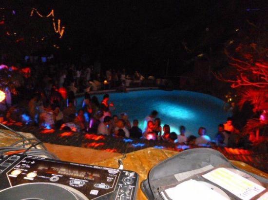 Club Cubana: the pool