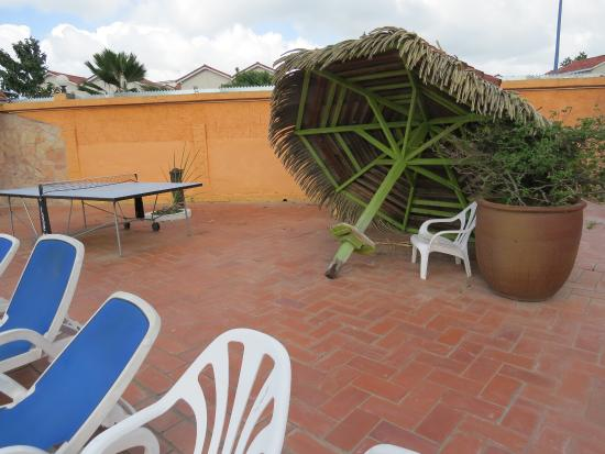Hôtel Bambou : si cassé on répart ou on enlève