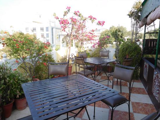 Sunder Palace Guest House: Restaurant