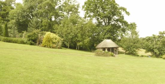 Dalwood, UK: Burrow Farm gardens