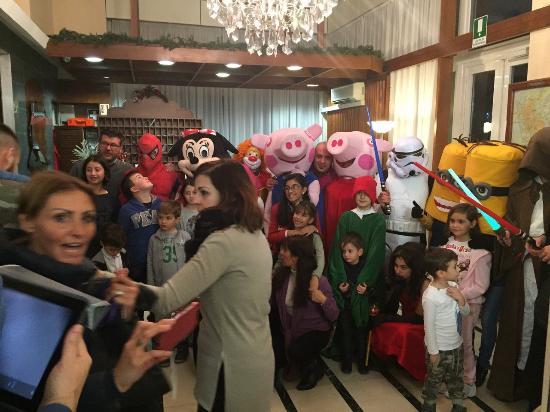 Metropole Hotel : 26 Dicembre 2015 mascotte & Ospiti