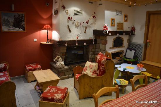 Le Valtin, Fransa: Salon en face de la réception