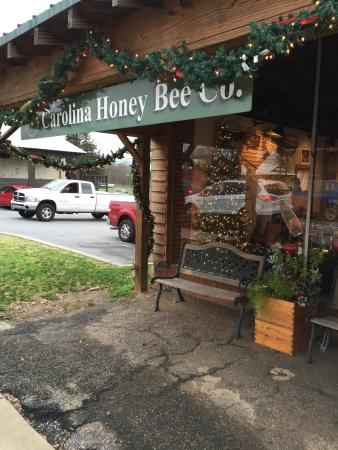‪Carolina Honey Bee Company‬