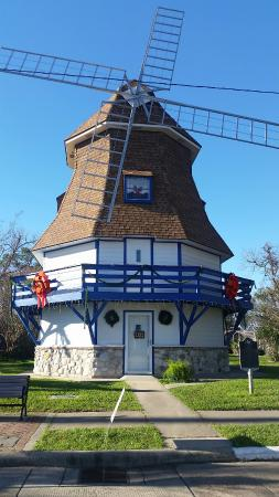 Nederland, TX: Dutch Windmill Museum