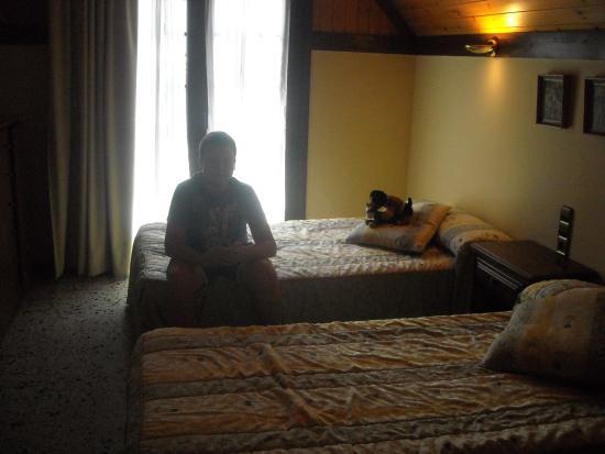 Delavall Hotel: La Suite consta de una cama de matrimonio y de dos camas de 8 palmos.