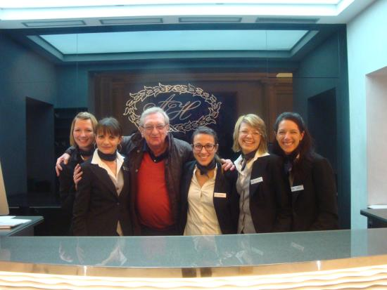 5 frontdesk-reception team in Hotel Artemide -Roma... - Picture of ...