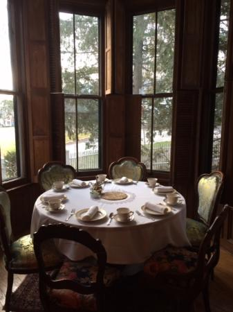 Leonardsville, NY: dining are in common area