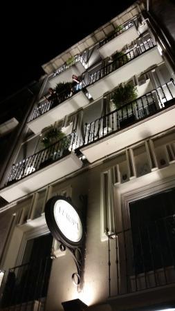 Hotel Restaurante Europa at Night
