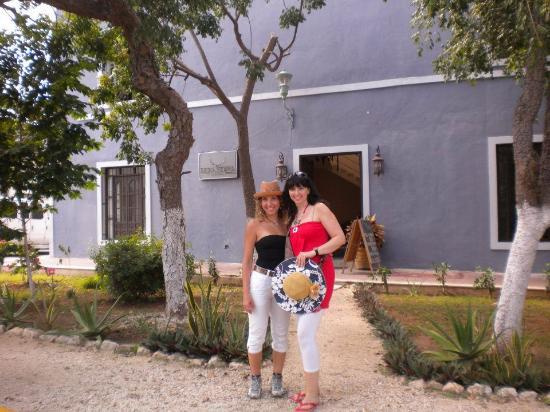 Luna Nueva Hostel: Fachada hostel