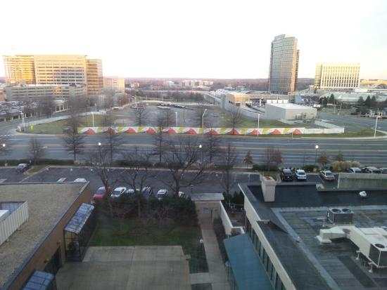 Crowne Plaza Tysons Corner: evening view
