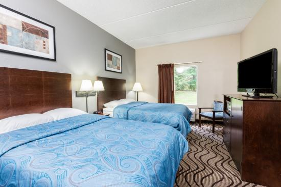 Super 8 by Wyndham Mars/Cranberry/Pittsburgh Area