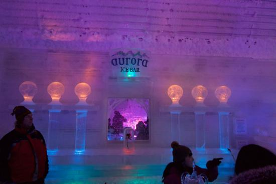 Alaska Northern Lights Tour: The Famous Aurora Ice Bar