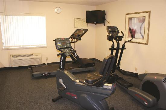 La Quinta Inn St. Louis Hazelwood- Airport North: Health club