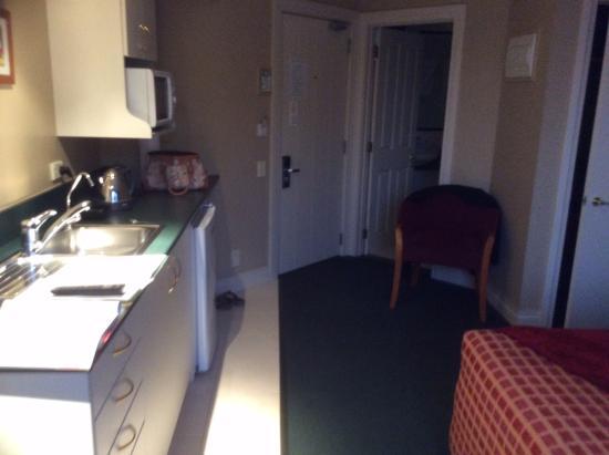 Motel on York: Unit 8