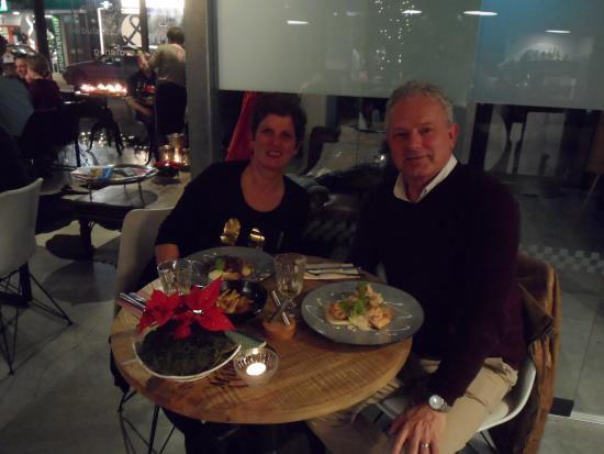 Hilvarenbeek, Nederland: Corinne en Gerard bij KookGenoten