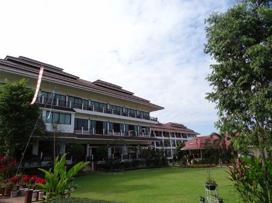 Chiangkhan River Mountian: Main Building