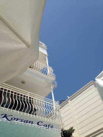 Azure sky over Yeni Korsan Apartments