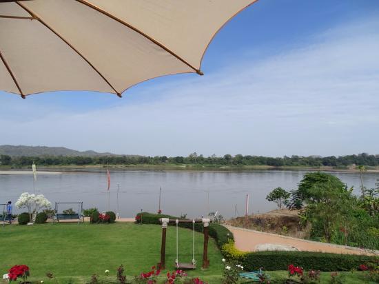 Chiangkhan River Mountian
