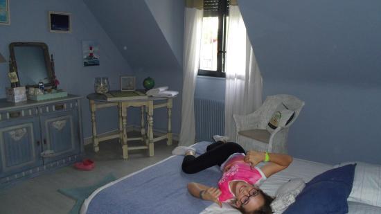 Second bedroom picture of la maison d 39 euphrasie amiens for Amiens location maison