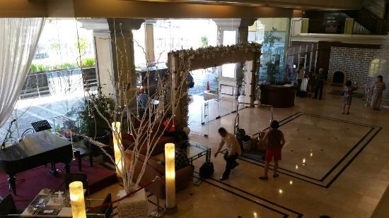 The Royal Mandaya Hotel: 20151207_072817_large.jpg