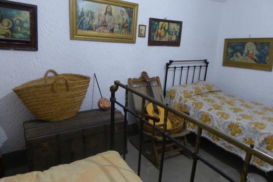 Purullena, Испания: Une chambre à coucher