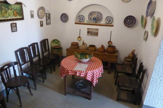 Purullena, Испания: Salle à dîner du musée