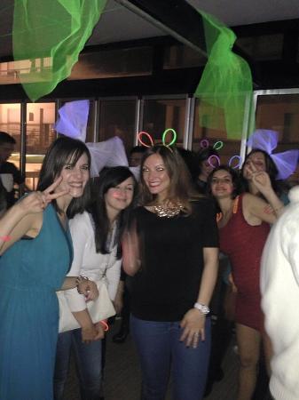 Hotel Nuovo Giardino: Festa in veranda
