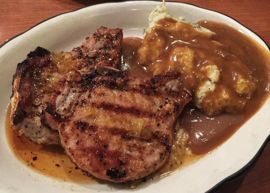 Madison, GA: Grilled Pork Chops