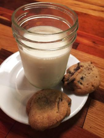 Athens, Джорджия: Milk and Cookies