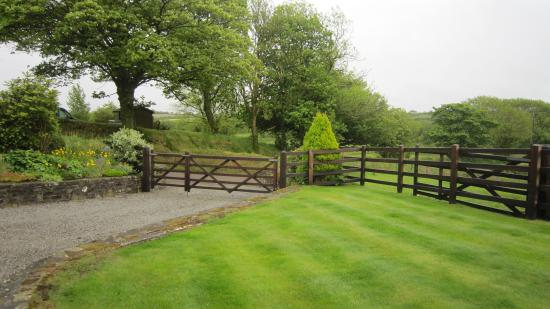 Bradworthy, UK: From the cottage to the driveway