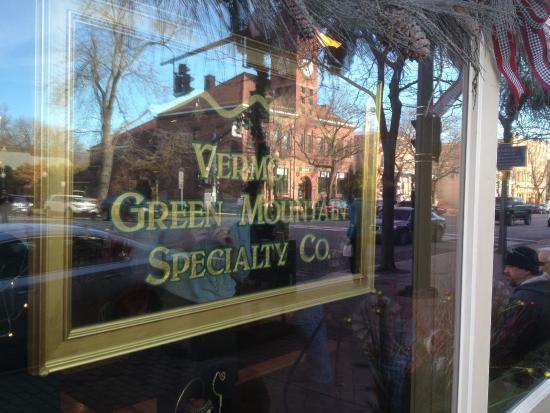 Skaneateles, NY: Vermont Green Mountain - sign on window