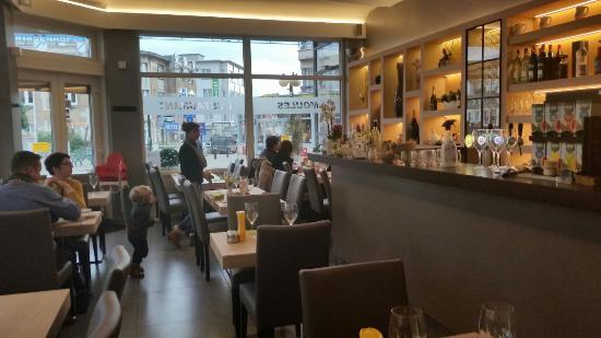 Hotel Restaurant Cajou Europe De Panne