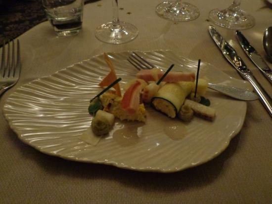 Oostburg, Países Bajos: Amuse-bordje met krab, gerookte paling, buikspek, ...
