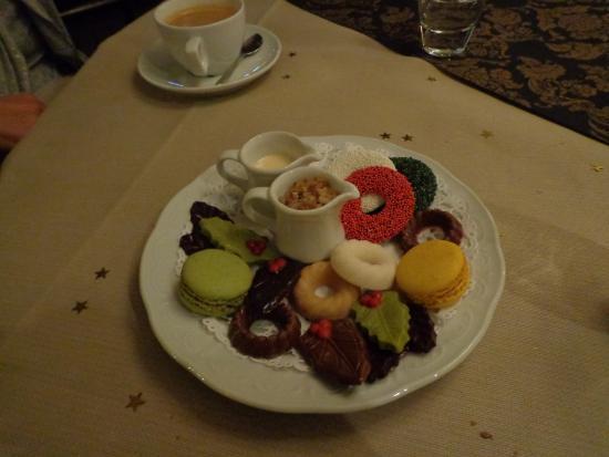 Oostburg, Países Bajos: Iemand een snoepje bij de koffie?