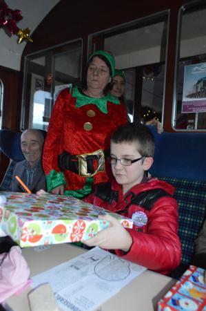 Эвимор, UK: My Uncle, my son and a 'happy' Elf