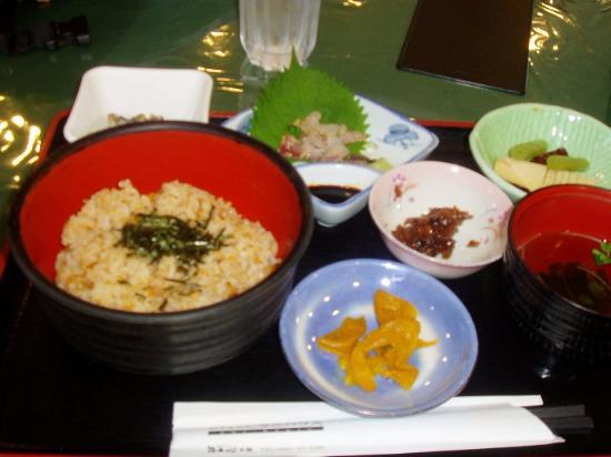 Iki, Ιαπωνία: ウニ飯