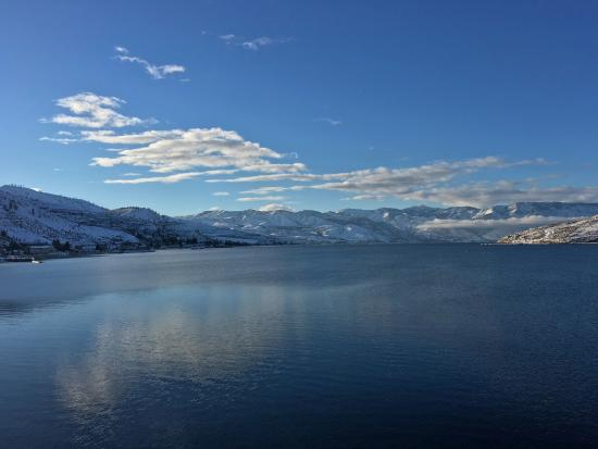 Grandview On The Lake: Up-lake view of Lake Chelan from our room.