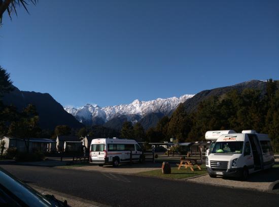Fox Glacier TOP 10 Holiday Park: SNOW MOUNTAIN VIEW