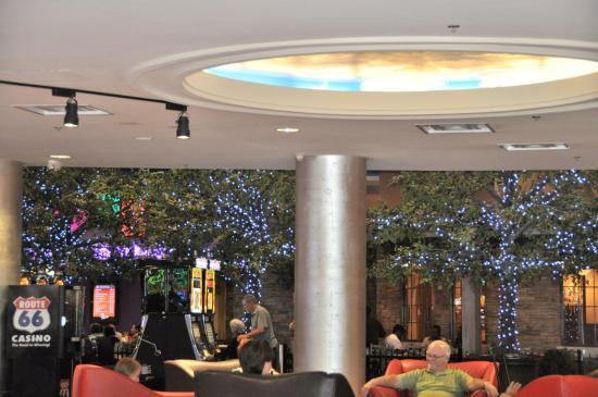 Route 66 Casino Hotel: Lobby