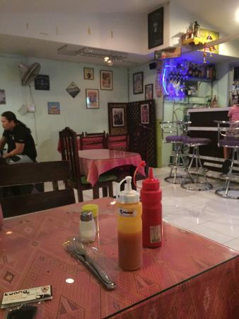Sawadee Bar and Restaurant: photo0.jpg